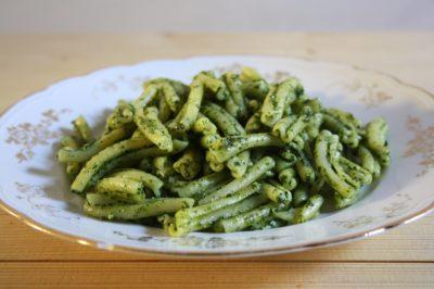 Pasta with Tuscan kale pesto
